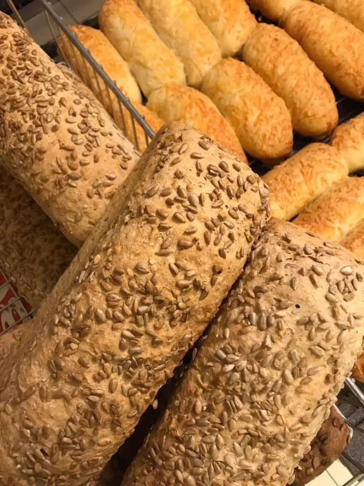 Ferske brød - Grill 76 Hommelstø