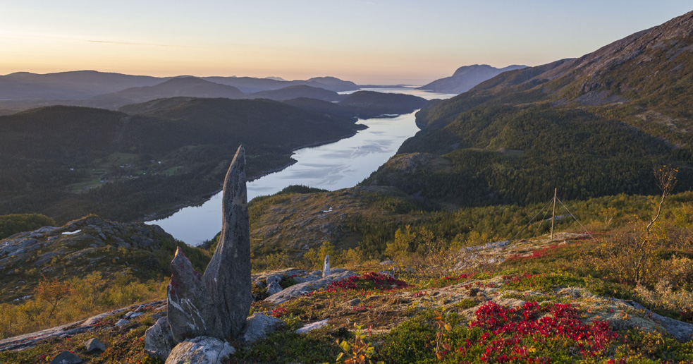 Øyrtinden i Velfjord - turer i Nordland