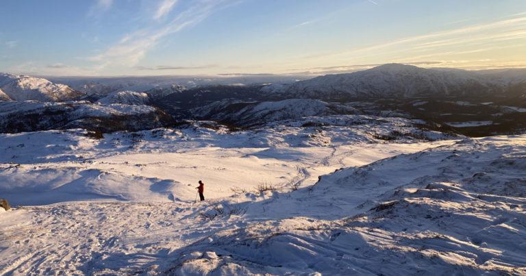 Skiturer på Sausfjellet i Velfjord, Nordland