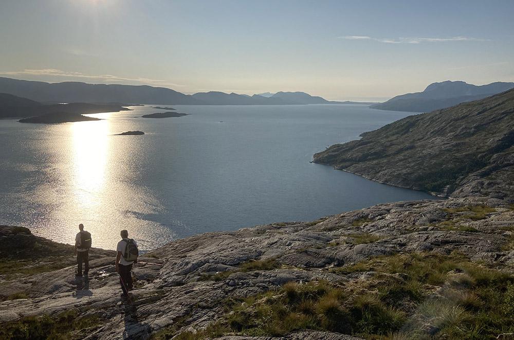 Straks nede ved fjorden