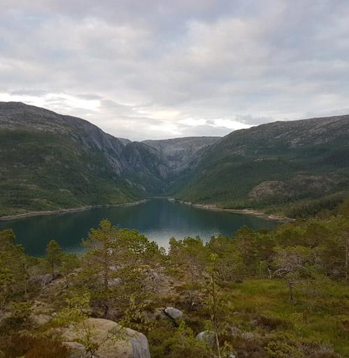 Utsikt mot Less-fjorden