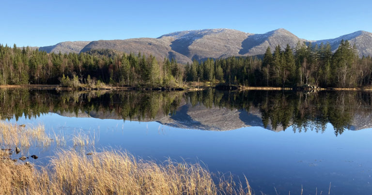 Rugåsnesstien og Svanvatnstien i Hommelstø