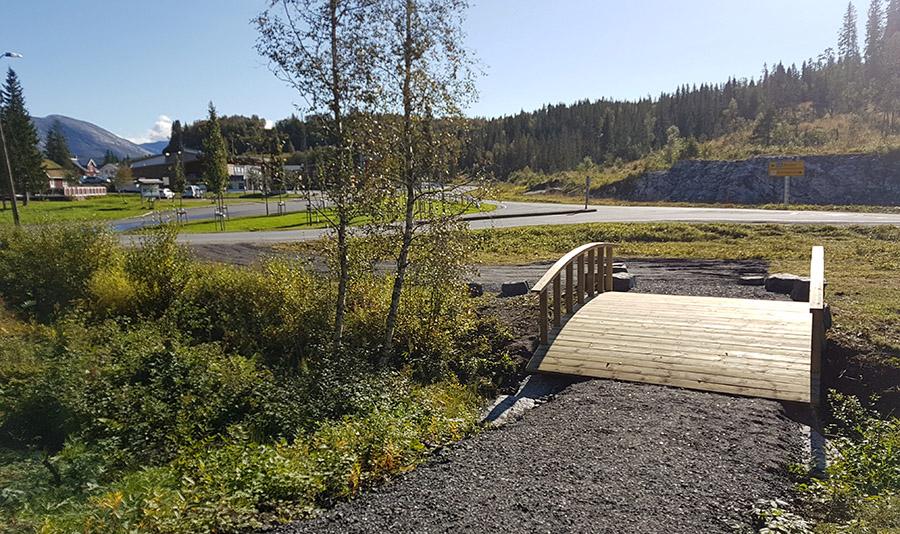 Hovedinngangen i Hommelstø sentrum