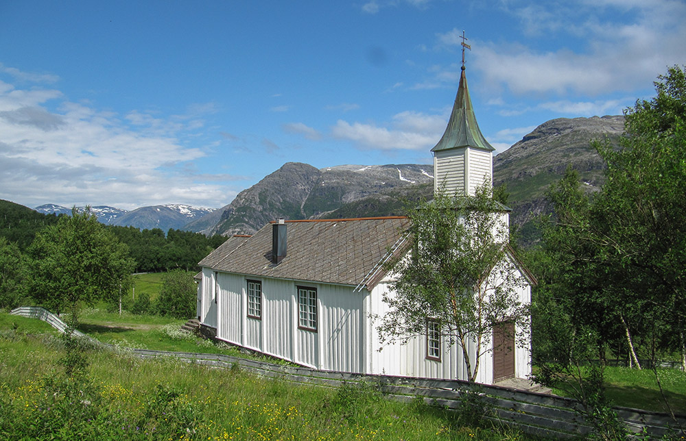 Tosen kapell på Lande